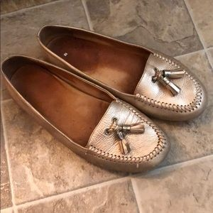 jack rogers gold loafers